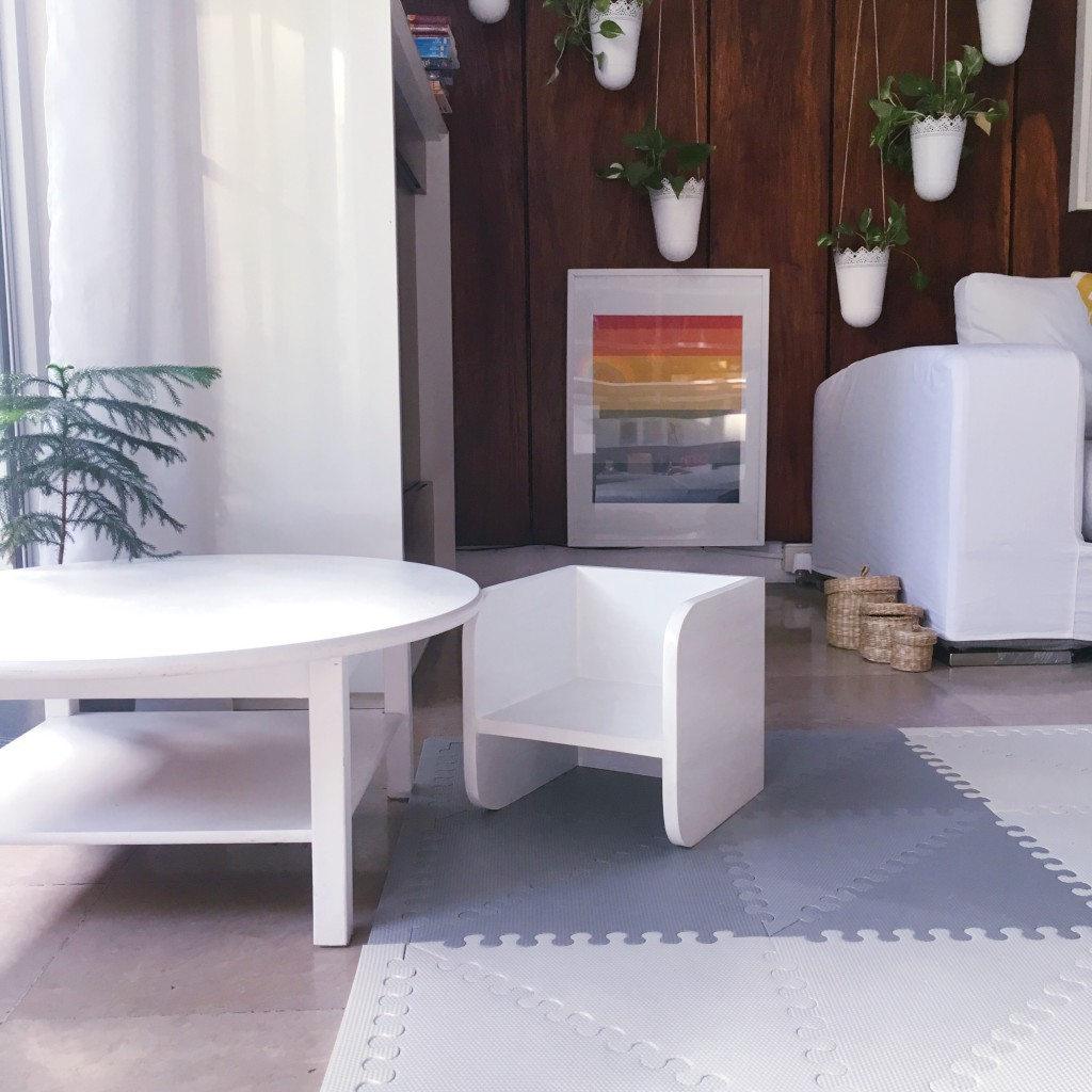 Montessori weaning table and chair - Montessori home tour - DIY Corporate Mom